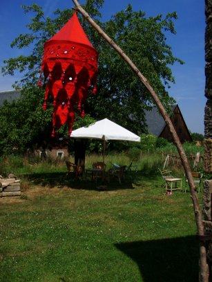 Sonnenshirm im Garten
