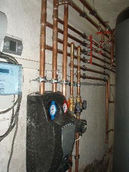 Holzvergaserheizung Leitungen